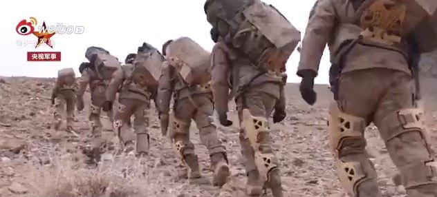 اسکلتهای کمکی ارتش چین