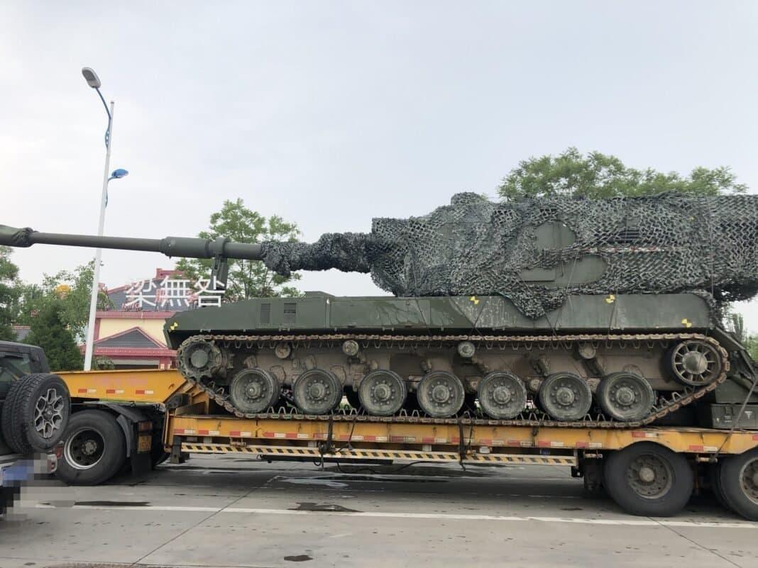سیستم توپخانهای جدید چین