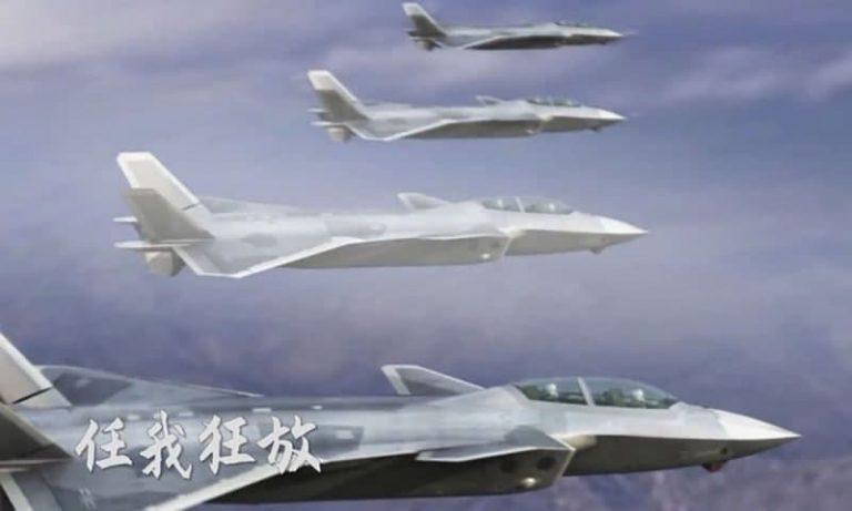 مدل دو سرنشین جنگنده J-20