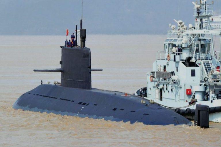 زیردریایی چینی