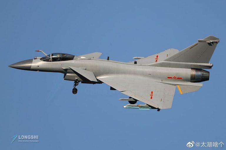 جنگنده چینی J-10C