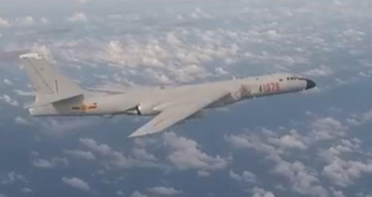 دقت عجیب بمب افکن های چینی با بمبهای غیر هدایت شونده